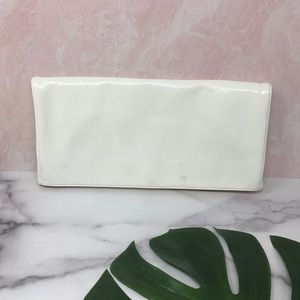 HOBO Pure White Foldover Clutch Marigold Lining A1